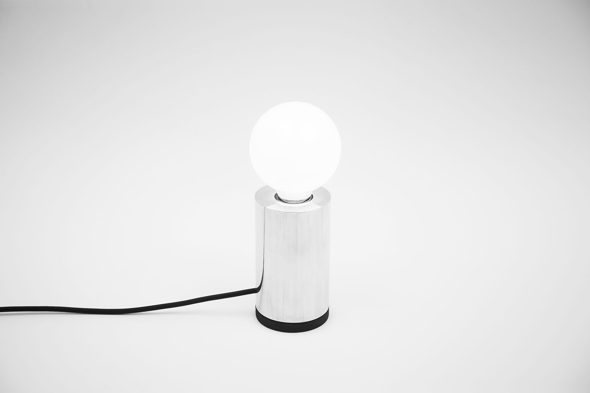 Minimalist desk lamp made of solid aluminum with creative touch dimmer inspired by modern design