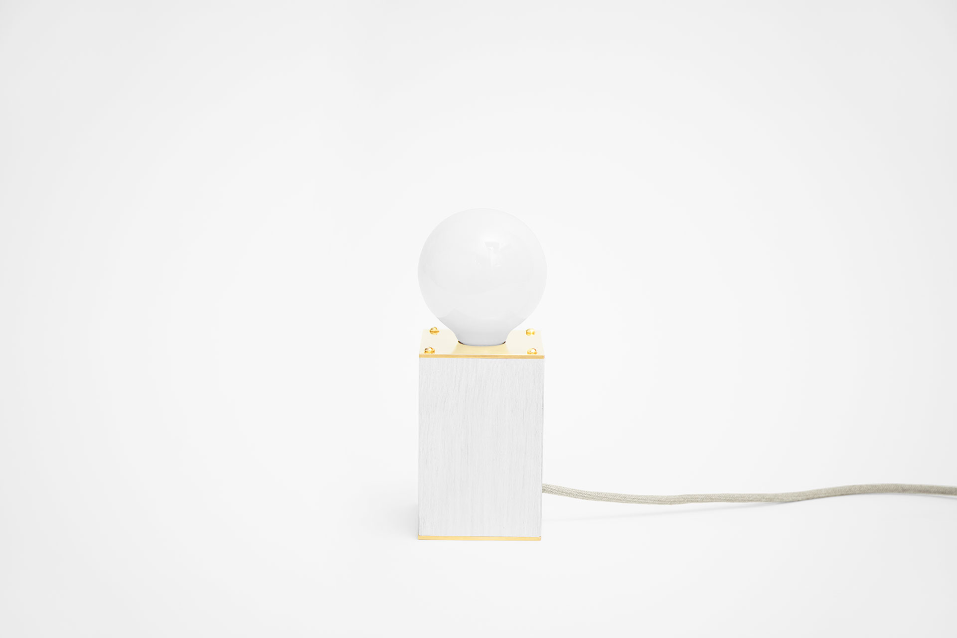 Minimalist Design Bedside Lamp In White Oak Wood And Gold Brass With Functional Touch Dimmer