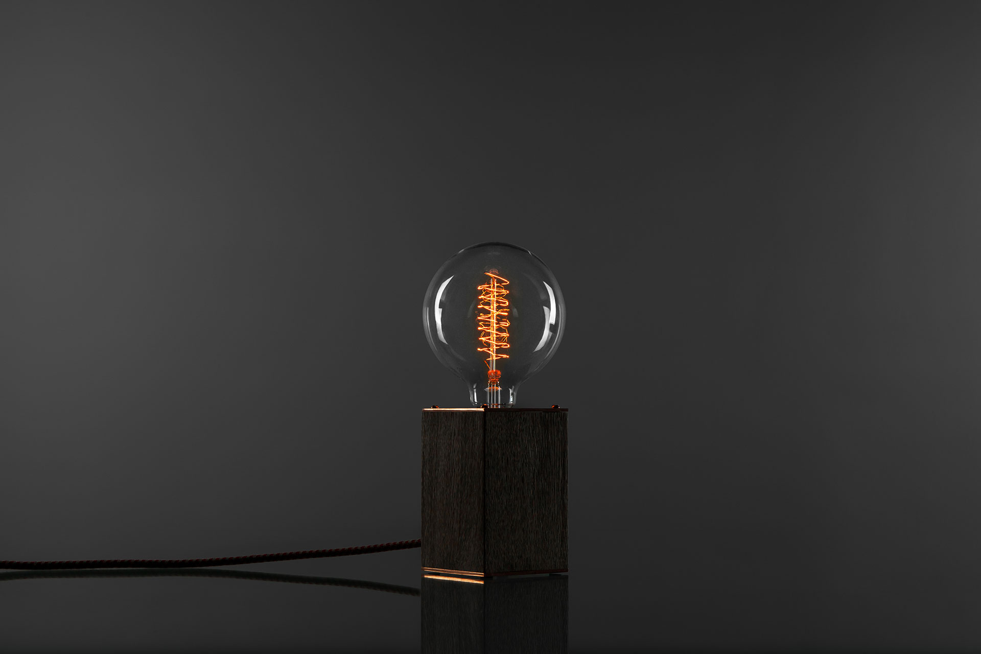 Cool dimmable table lamp in brushed oak wood and trendy copper with large Edison bulb and creative touch dimmer