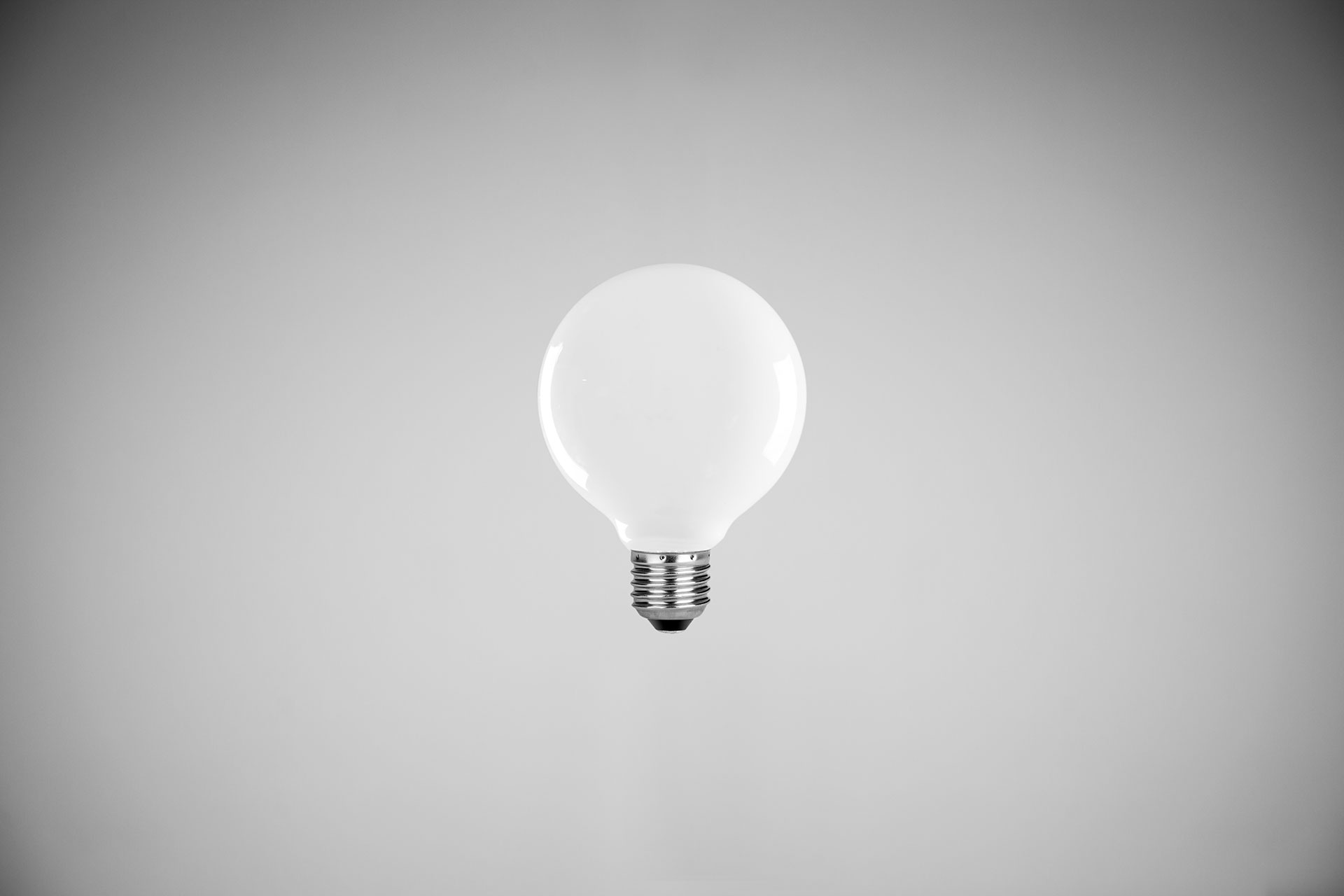 MEDIUM-MILK--LED-DIMMABLE