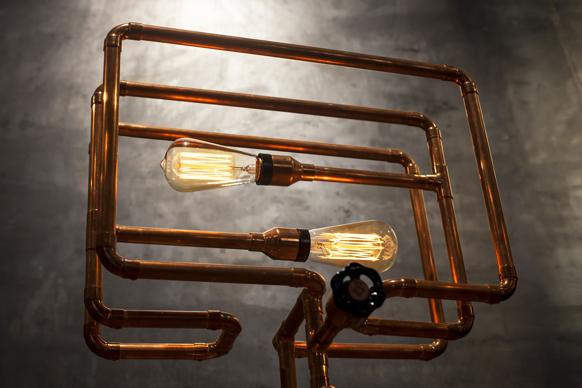 Copper tubing conosle lamp with knob dimmer and vintage Edison bulbs