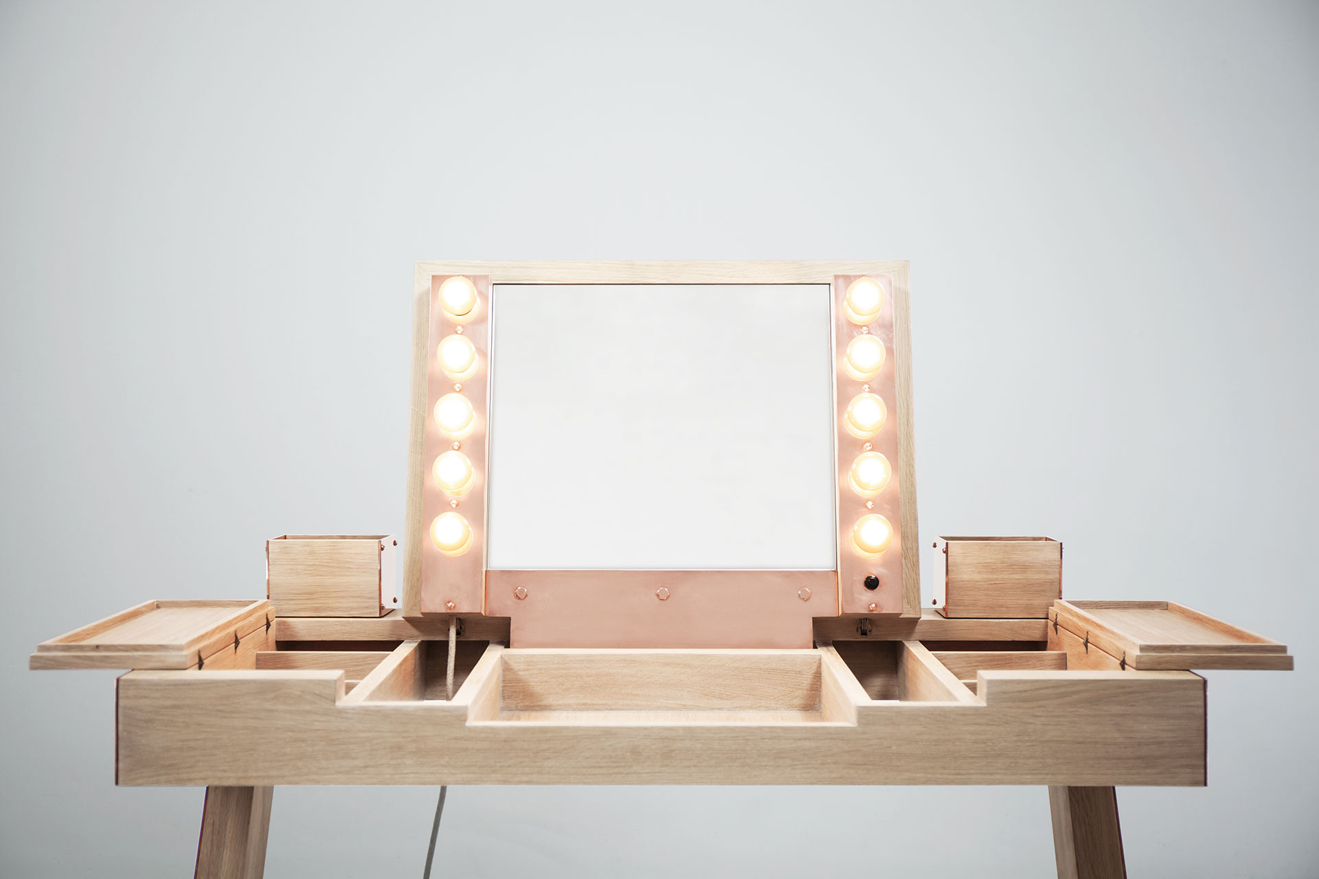 Designers vanity with Hollywood lights and folding mirror