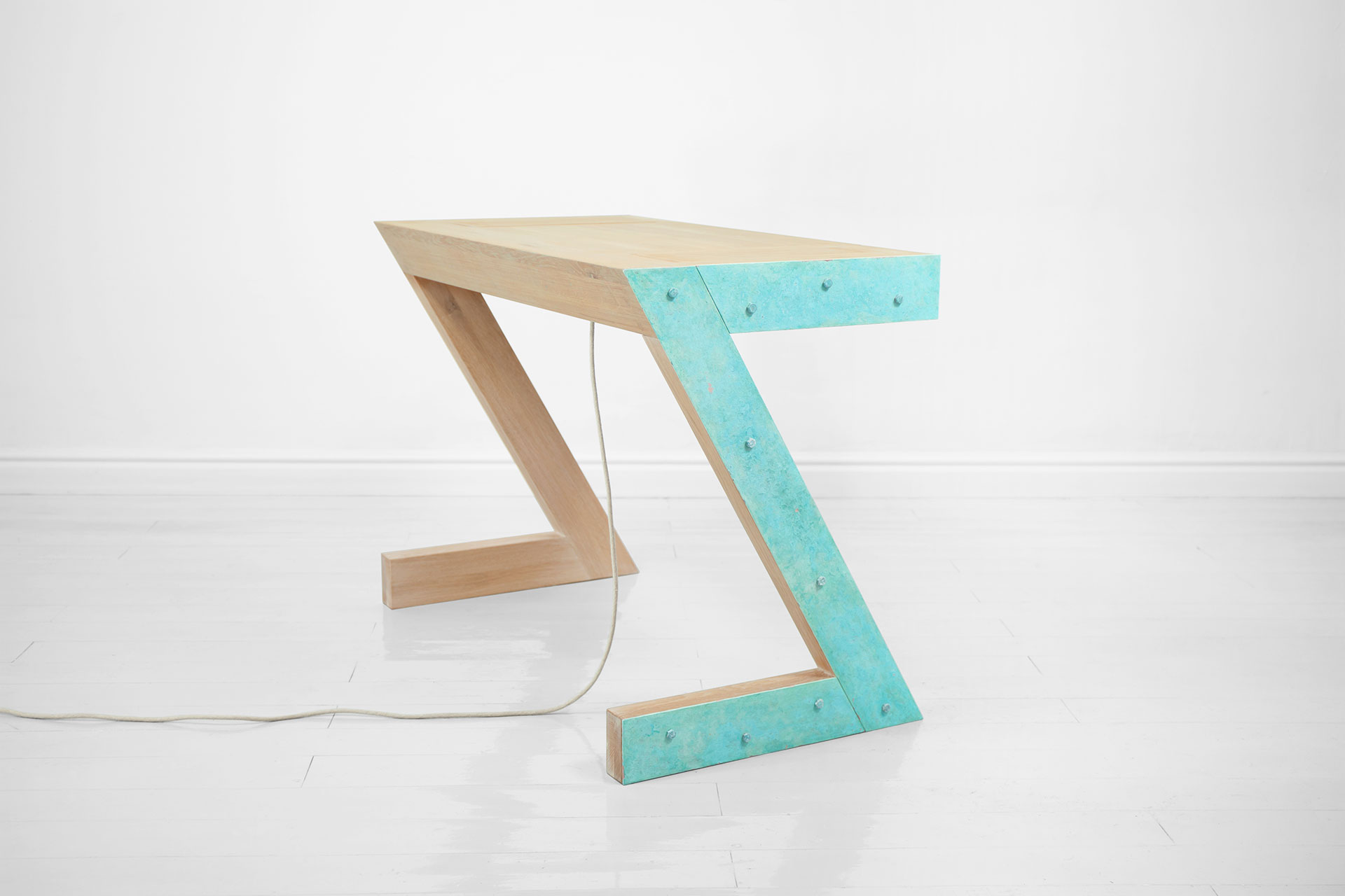 Contemporary vanity table in turquoise and solid wood