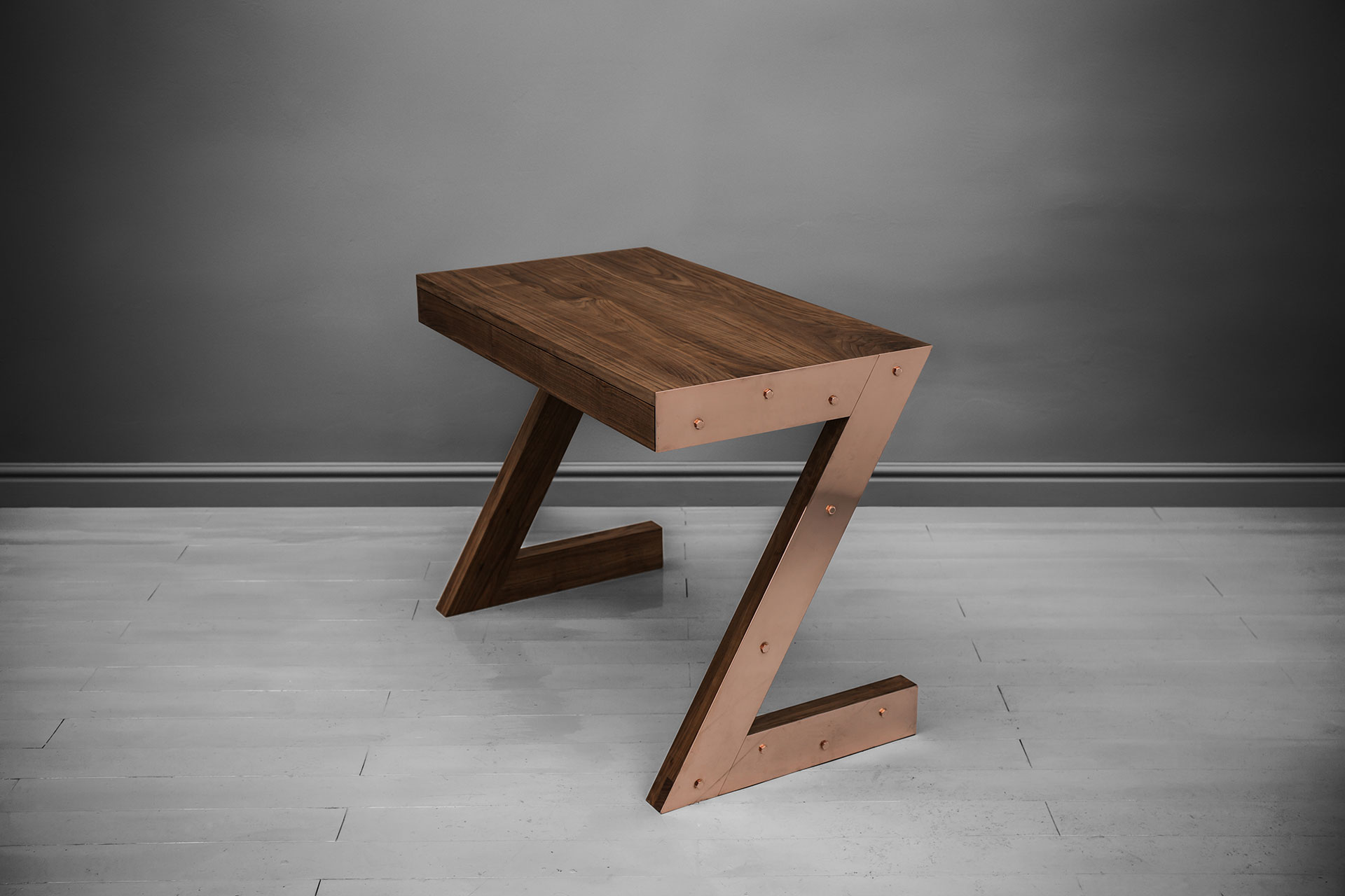 Small desk in brass and American walnut inspired by brutalist design