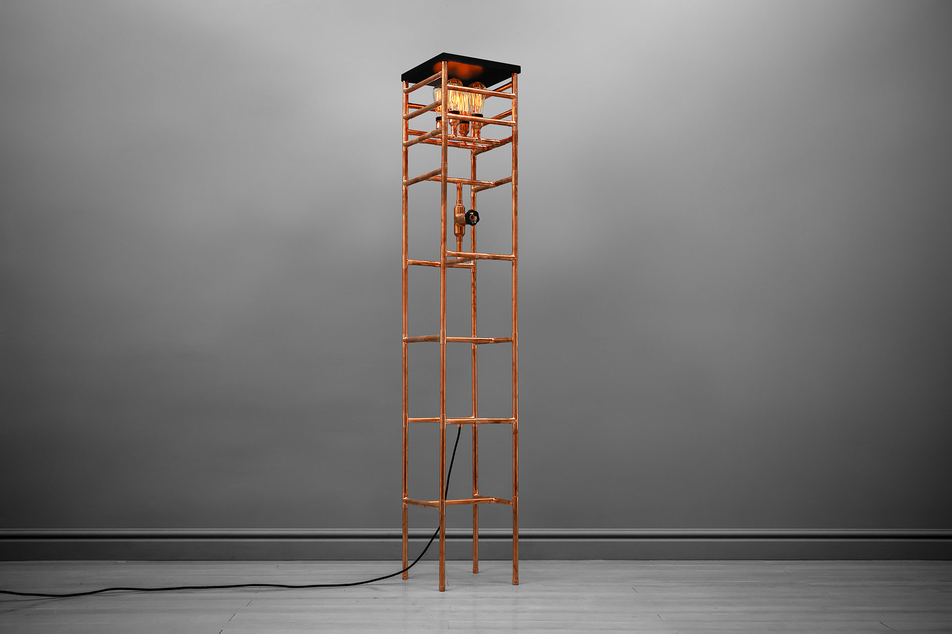 Industrial Design Floor Lamp In Trendy Copper Or Gold Brass Inspired By  Construction Scaffolding