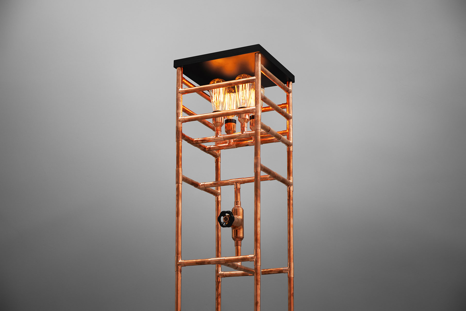 Dimmable copper pipe floor lamp with vintage Edison bulbs