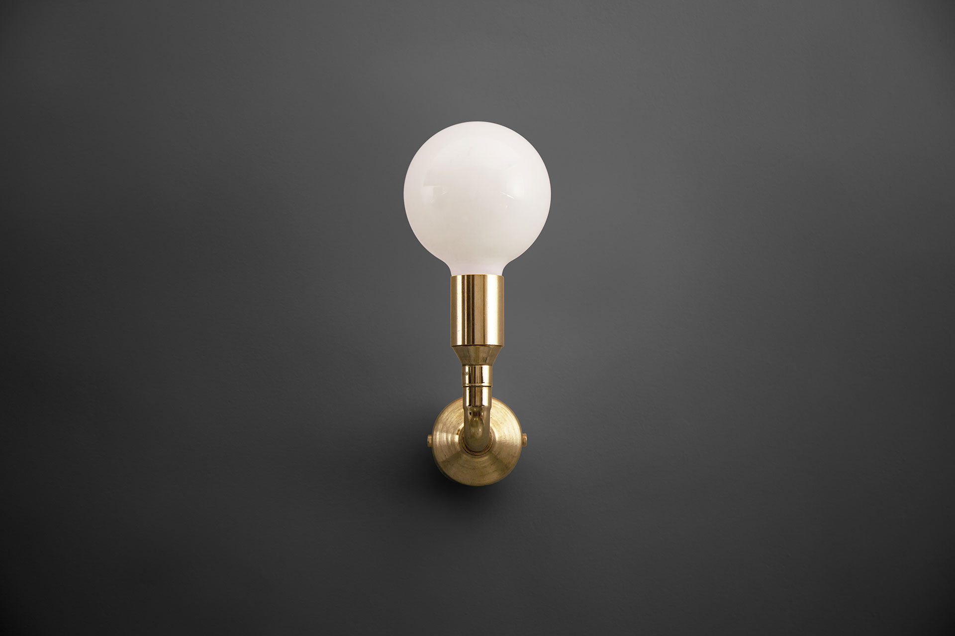Simple brass sconce inspired by loft design